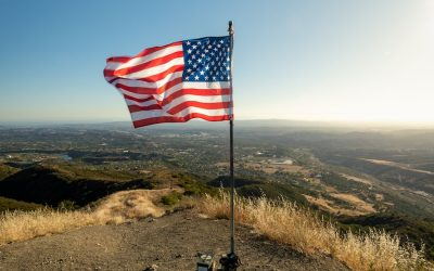 Bell View Trail to Flag Summit: OC's Scenic Hike to a Flag