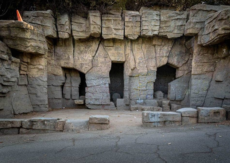 Old LA Zoo: Exploring the Abandoned Ruins at Griffith Park