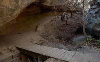 Dripping Cave Trail: Secret Hideout for Robbers in 1800s